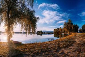Ufer in der Nähe des Sees