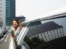 Tourist in der Limousine foto