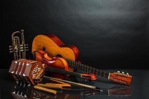 Instrumente im lateinischen Stil foto
