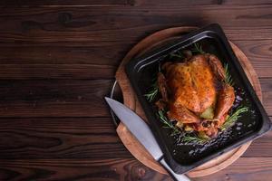 gebratenes ganzes Huhn / Truthahn für Feier und Feiertag