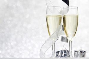 Champagner und Dekor foto