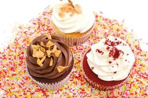 Cupcake und Schokostreusel foto