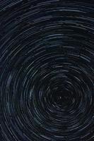 Startrail in der Nacht