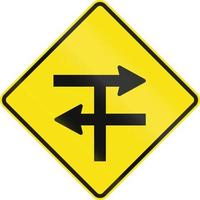 geteilte Autobahn-T-Kreuzung in Australien