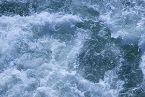 Schaumwasser von Bootspropellern
