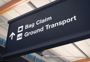 Taschenanspruch Flughafenschild