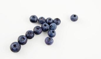 Blaubeeren in Form eines Pfeils foto