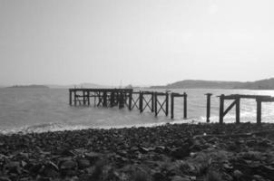 zerstörter Pier foto