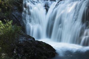 Wasserfall in Japan foto
