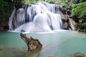 Huay Mae Kamin Wasserfall foto