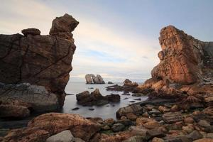 die felsigen Küsten Nordspaniens, Liencres foto