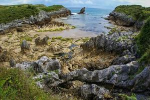 Strand in Buelna, Asturien und Kantabrien, Spanien foto