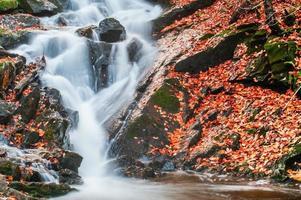 Wasserfall im Gatineau Park foto