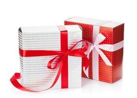 zwei Geschenkboxen foto