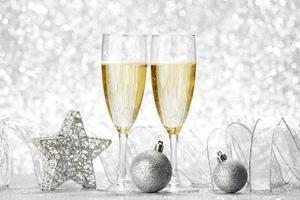 Champagner und Dekoration foto