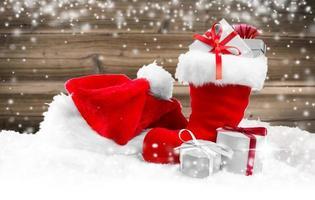 Santa Mütze und Schuh foto