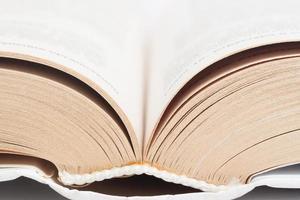 geöffnetes Buch