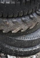 gebrauchte Reifen foto
