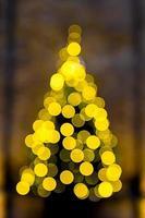 Weihnachtsbaum der Bokeh-Effekt