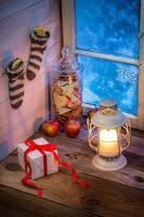 Geschenke und Lebkuchen für Weihnachten