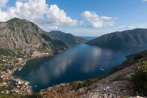 boka kotorska, kotor bay, montenegro foto