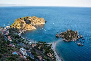 Taormina, Sizilien, herrlicher Blick auf das Meer.