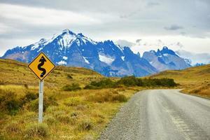 Flügel-Straßenschild in Torres del Paine