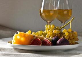 Käse mit Früchten