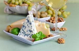 Käse mit Früchten foto