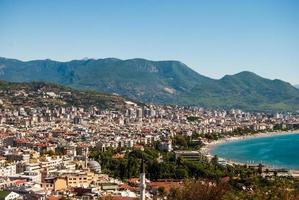 Alanya Stadtbild vom Hügel aus gesehen