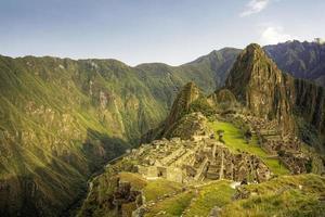 Machu Picchu bei Sonnenaufgang, Peru