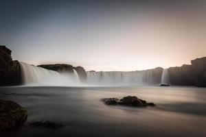 Island, einsame Straße durch die Westfjorde foto