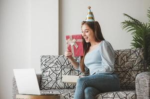 Geschenke online öffnen