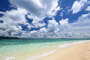 schöner Strand in Okinawa foto
