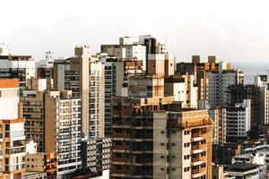 tagsüber Vogelperspektive der Stadt
