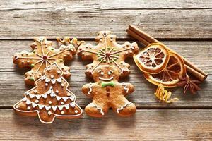 Weihnachtslebkuchenplätzchen foto