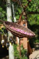 ein Korb voller Blumen
