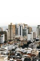 tagsüber Vogelperspektive der Stadt foto