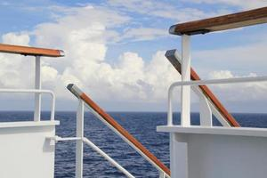 Kreuzfahrtschiff Deck. foto