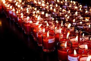 mehrere Kerzen foto