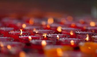 Kerzen im Wind foto