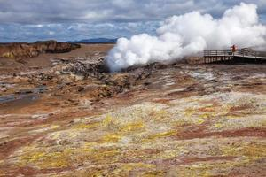 Geothermisches Gebiet von Gunnuhver auf der Halbinsel Reykjanes im südlichen Eis