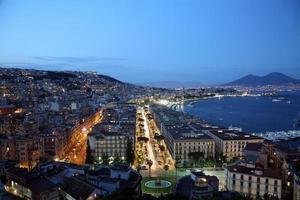 Nachtansicht von Neapel