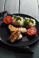 Gegrillter Fisch mit Reis