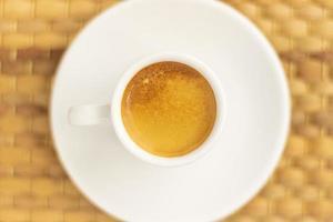 Ansicht von oben nach unten von Kaffee