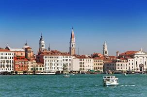 Kanal Grande mit Booten, Venedig, Italien