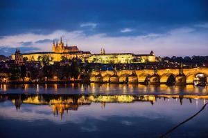 Prager Burg und Charles Bridge