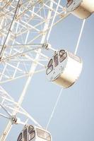 weißes Riesenrad foto