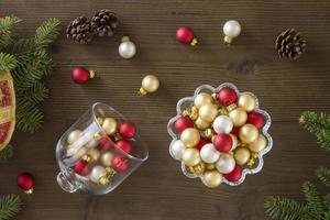 flache Lage der Weihnachtsdekoration
