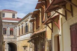 Straße in Rhodos Altstadt, Griechenland foto